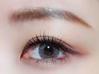 アイラインが キレイに入った綺麗な目もと