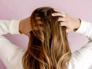 女性の髪08