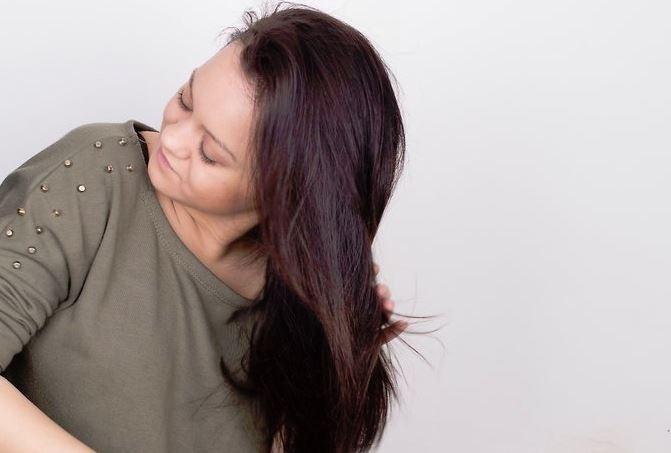 女性の髪01