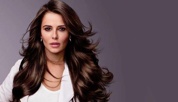女性の髪11